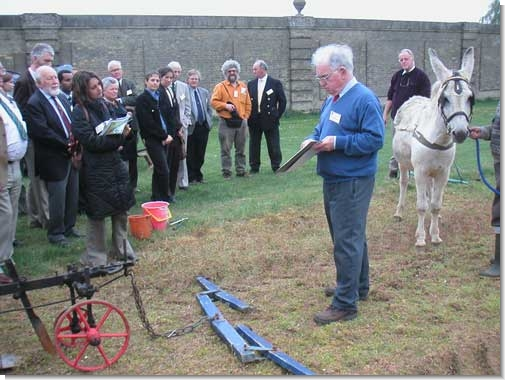 Professor Frank Inns discussing implement and harness design during one of the practical demonstrations.